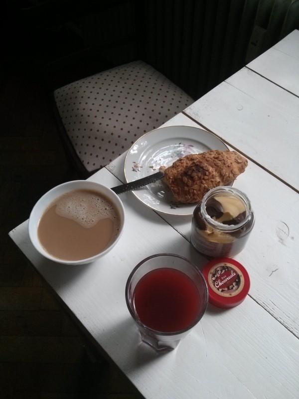 Dem Kaffee sieht man das Überkochen nicht an.